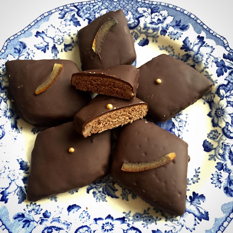 Mostaccioli Spiced Chocolate Christmas Cookies Nazar Blue